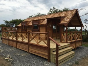 annexe with decking